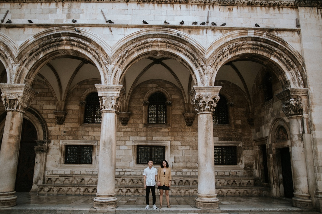 couple photoshoot in Dubrovnik old town